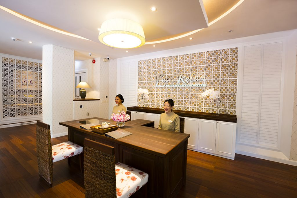 Let's Relax Sukhumvit 39's New Look with additional Nail Care Service