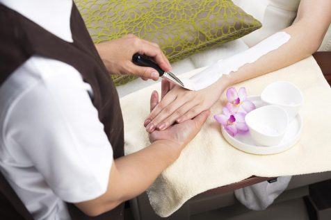 let's relax spa Sukhumvit39 nail care polish paint wax spa